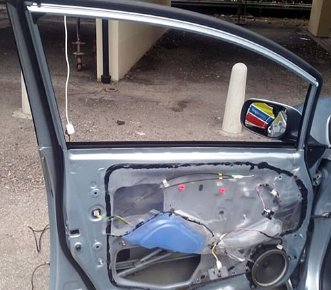 Auto Door Glass Replacement & Installation